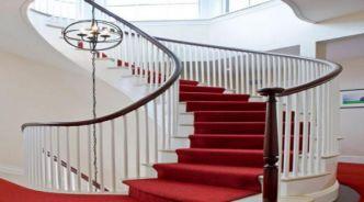 Tại sao nên dùng thảm trải sàn cho cầu thang?