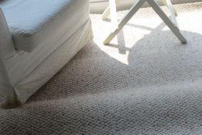 Làm gì để thảm trải sàn không bị phồng?
