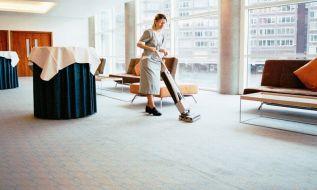 Bí quyết giặt sạch nhanh chóng cho từng loại chất liệu thảm trải sàn